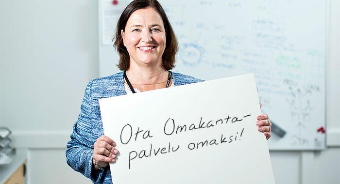 Omakanta-palvelussa suomalaiset voivat tarkastella omia terveystietojaan,  kertoo Kelan Kanta- palvelut-yksikön johtaja Marina Lindgren.