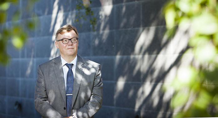 Rahoitusjärjestelmän uudistaminen ja yksikanavatiedon kerääminen tulevat haastamaan Kelan toimintaa enemmän kuin mikään muu, sanoo Kelan johtajana aloittava Kari-Pekka Mäki-Lohiluoma.