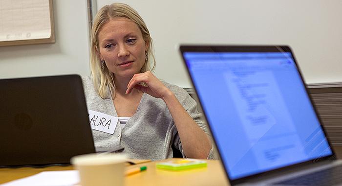Laura Lindebergin tiimi pureutui Perustulohackissa palveluiden saavutettavuuteen.