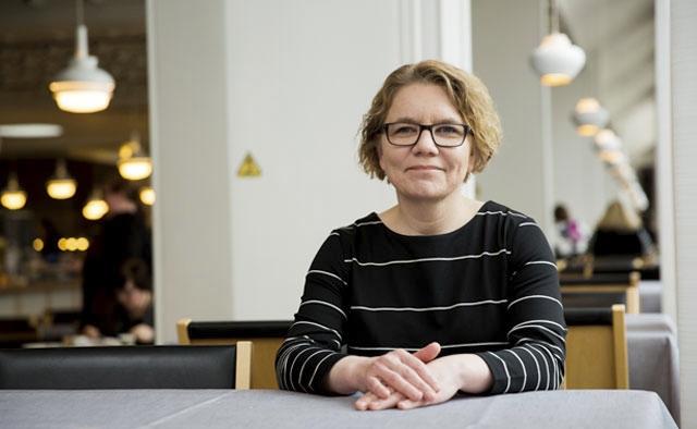 Marjukka Turunen aikoo olla rakentamassa tietojärjestelmiä ja toimintatapoja, joiden mukaan sote-palvelut jatkossa tuotetaan.