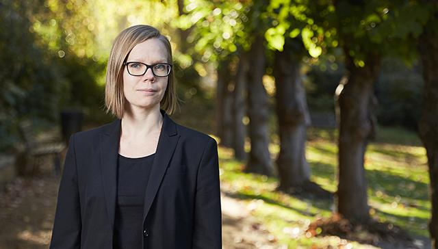 KTT Tuuli Paukkerin väitöskirja tarkastettiin Aalto-yliopiston kauppakorkeakoulussa kesäkuussa 2018.