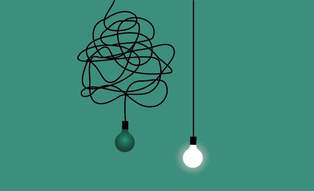 piirroskuvassa kaksi sähkölamppua. Toisessa on pitkä ja sotkuinen johto, eikä se pala, toisessa lyhyt ja suora johto ja lamppu palaa.